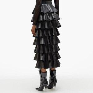 Image 3 - Deuxtwinstyle cuir synthétique polyuréthane noir à volants femmes jupes taille haute boutons Streetwear femme jupe 2020 automne mode nouveaux vêtements