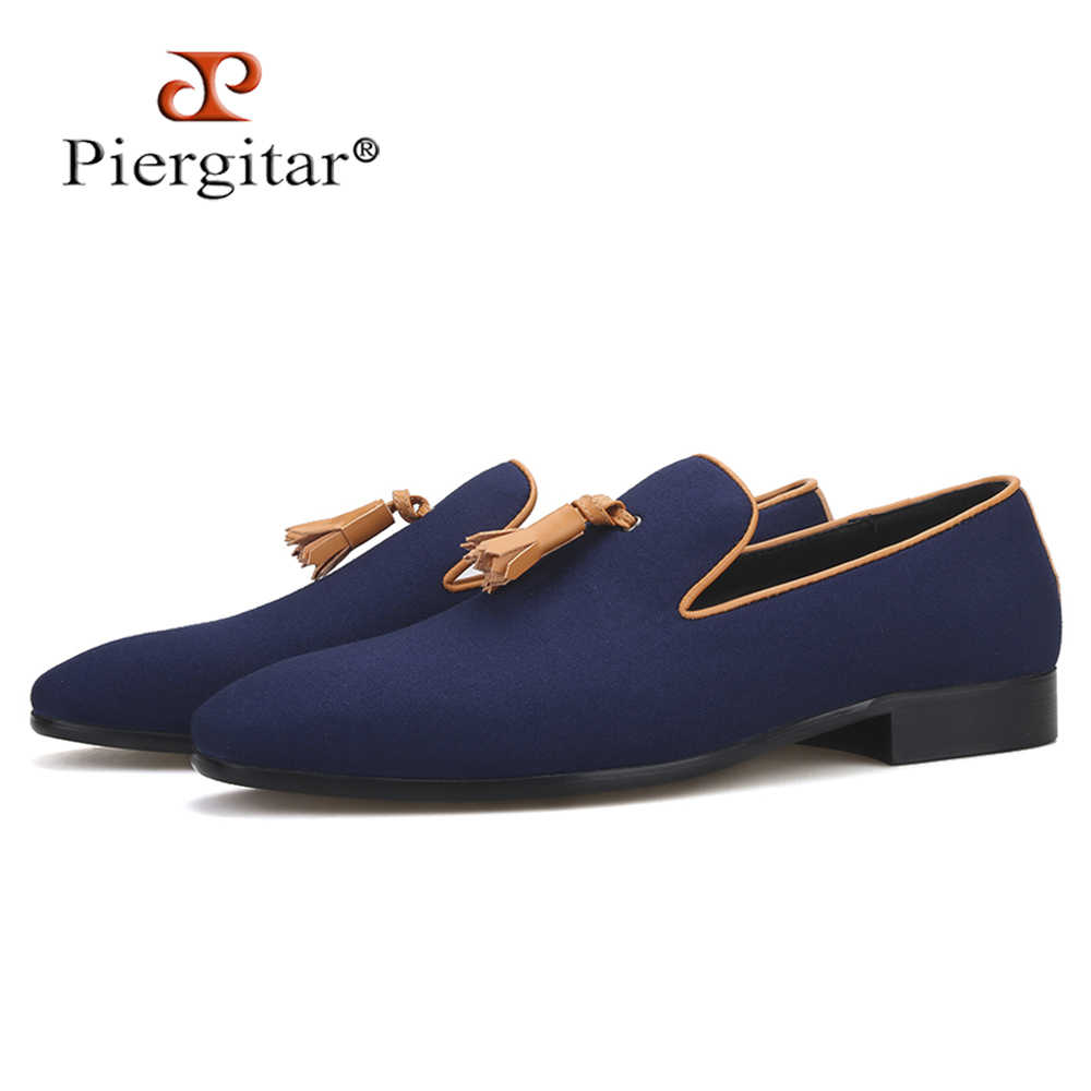 Piergitar new two colors men canvas shoes with leather tassel handmade men's loafers wedding and party male smoking slippers