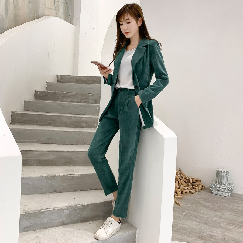 Women's Suit 2019 Autumn New Fashion Casual Temperament Corduroy Solid Color Single Buckle Small Suit Trousers Two-piece