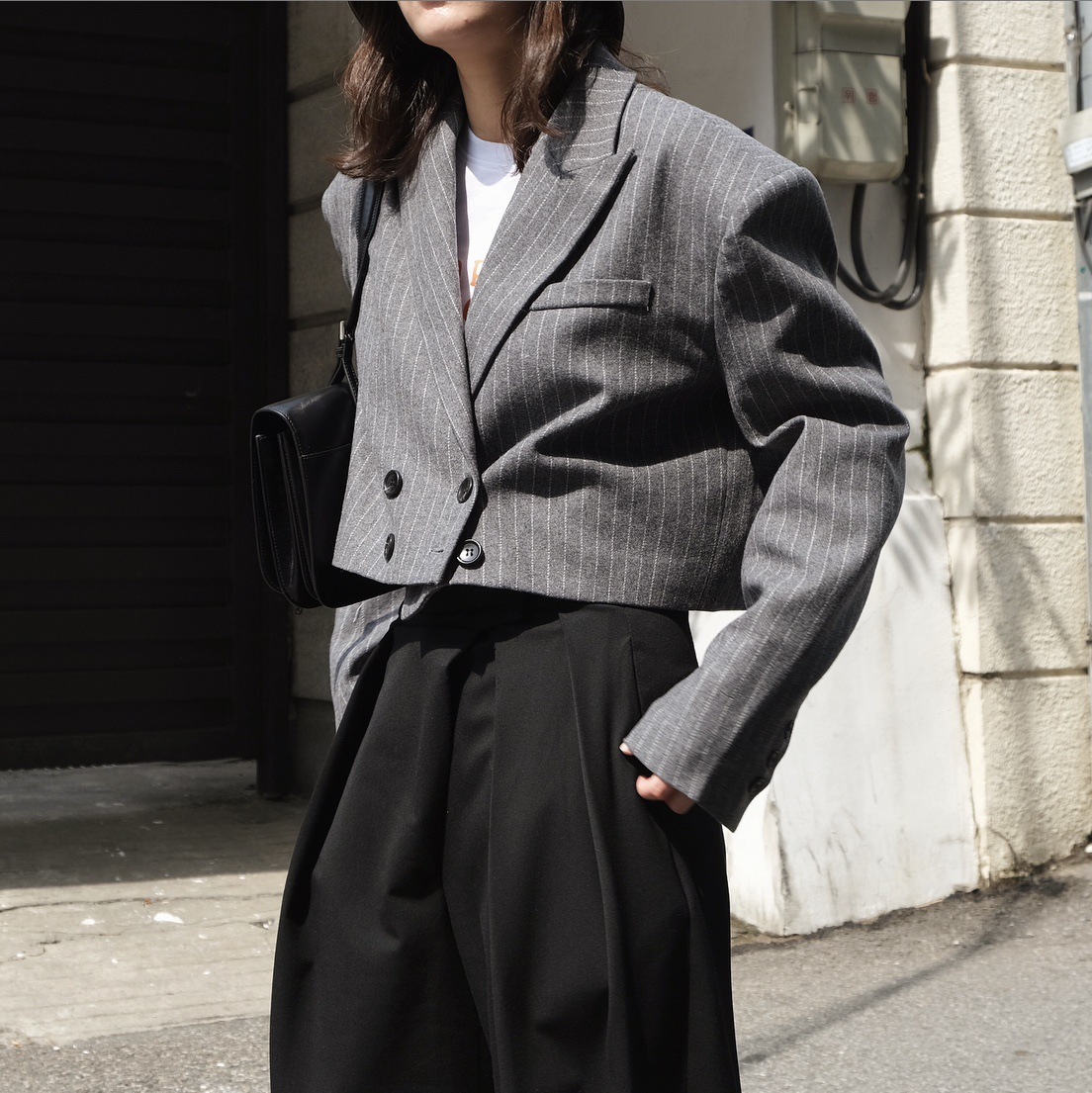 Silhouette Loose Short Wool Jacket Top Women Autumn Winter Fashion Street Striped High Waist Cocoon Small Suit