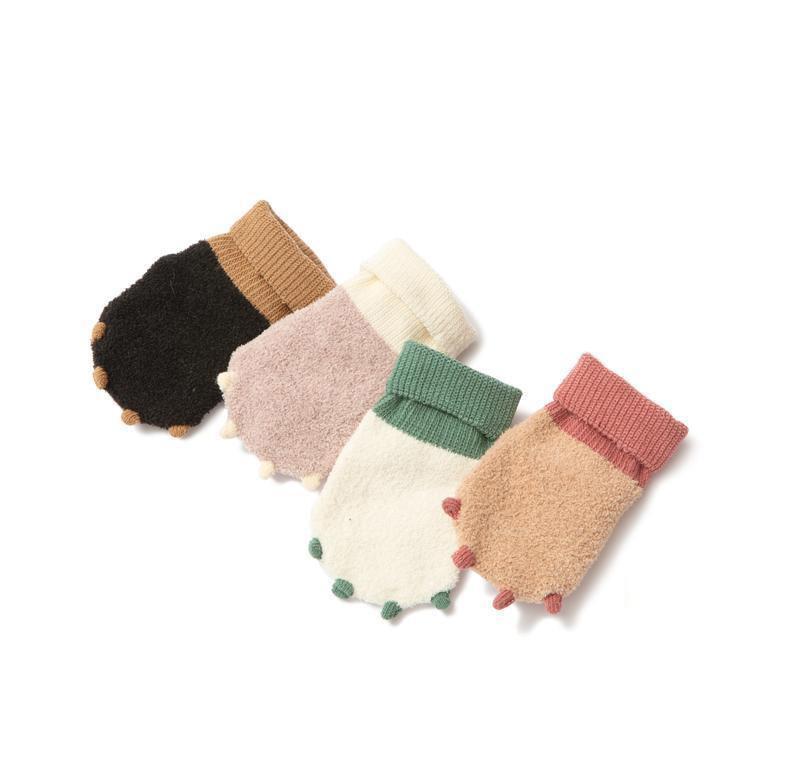 Dinosaur Paw Anti-Slip Socks 3