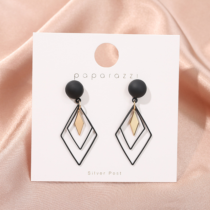 Fashion Korea Style Rhombus Star Black Clip On Earrings Without Piercing For Girls Party Cute Simple Geometric No Hole Ear Clip