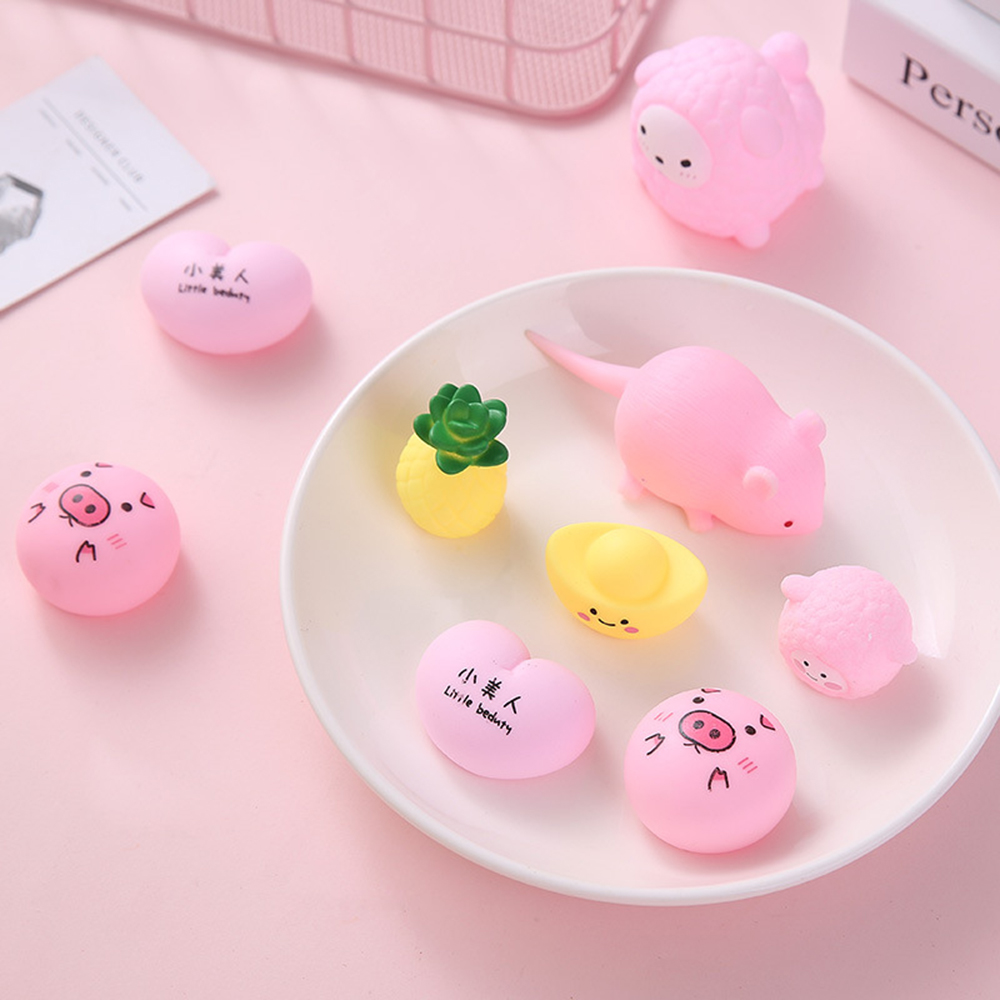 Mini Decompression Silicone Squeeze Toys  Cartoon Adorable Children's Decompression Toys Mini Pink Pig Decompression Toys