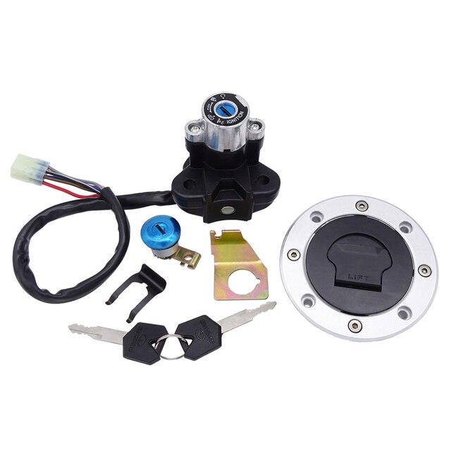 Motosiklet kilit seti kontak anahtarı yakıt gaz tankı kapatma başlığı kilit anahtarı seti SUZUKI GSXR1300 SV650 GSXR 600 750 1000 SV1000 K4 K7