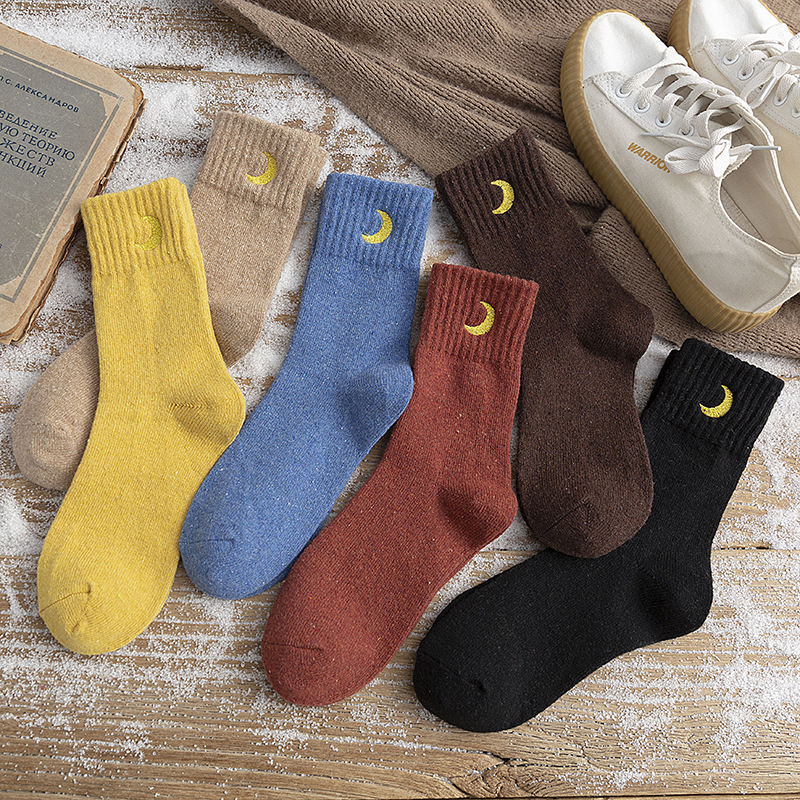 Winter New Women Socks Cotton Cartoon Moon Embroidry Socks Female Casual Warm Thick Comfortable Warm Breathable Women Crew Socks
