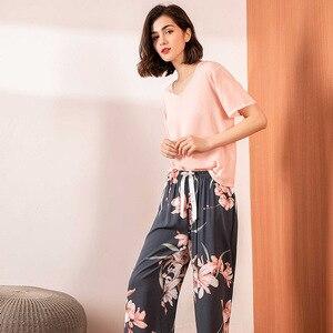 Image 4 - Bông Hoa Màu Hồng In Hình Bộ Đồ Ngủ Bộ Nữ Cotton Satin Thoải Mái Cổ Chữ V Rời Đồ Ngủ Nữ Đầu + Tay Và Quần Homewear Thường Ngày khi Mặc