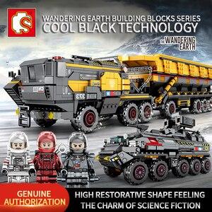 Image 1 - Sembo técnica cidade transportadora veículo caminhão a terra errante carro astronauta brinquedo conjuntos de construção tijolo cidade compatível crianças brinquedos