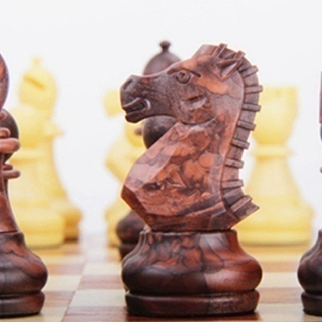 Tableau magnétique tournoi voyage Portable jeu d'échecs nouveau échecs plié conseil International magnétique jeu d'échecs jouant cadeau S 5