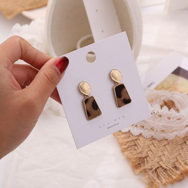 Фото 2020 новое поступление модные простые винтажные бархатные леопардовые цена