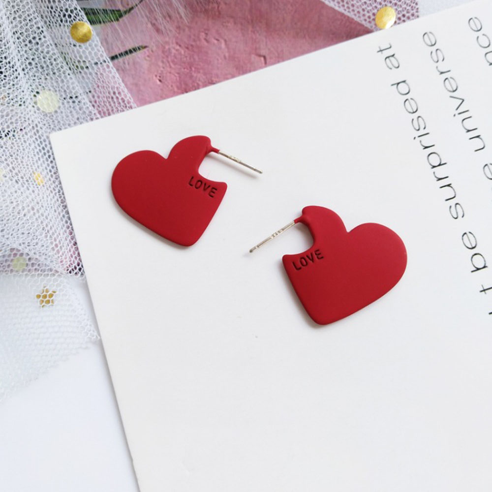 2020 Vintage Women Heart Shape Cute Stud Earrings New Fashion Red Color Love Heart Statement Small Earrings For Women Gifts