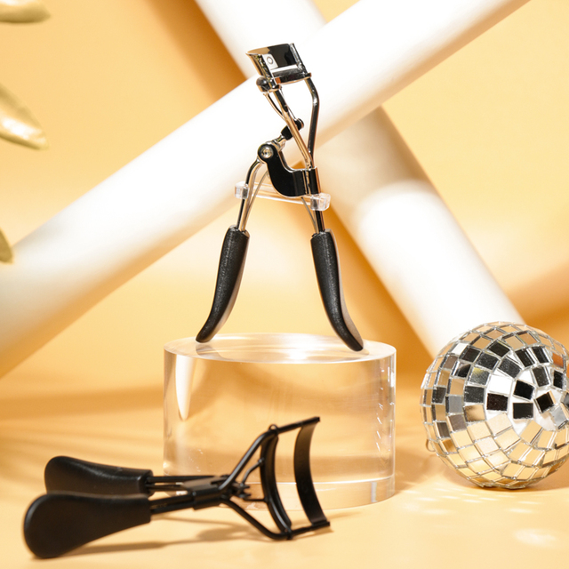 O.TWO.O Makeup Eyelash Curler Beauty Tools Lady Women Lash Nature Curl Style Cute Eyelash Handle Curl Eye Lash Curler 2 Colors 4