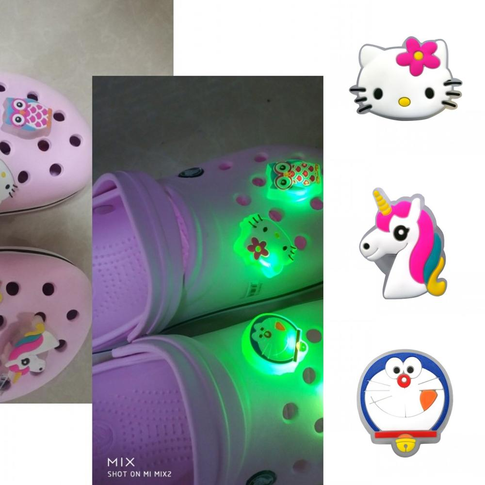 1pc Kitty Unicorn Christmas Tree LED Lighted Flashing Shoe Charms Shoe Decoration For Boys Girls Croc JIBZ Fit Band Bracelets