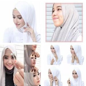24Pcs Pearl Scarf Brooch Pins Multicolor Headscarf Shawl Scarf Lady Muslim Scarf Hijab Clips Costume Jewellery Supplies