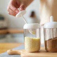 Кухонная банка для приправ пластиковая Милая прозрачная ложка