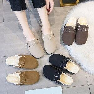 Novas Mulheres Inverno Quente Chinelos de Cortiça Entope Escorregas Senhoras Casuais Fivela de Metal Moda Dedo Do Pé Fechado Sapatos Entupir Deslizamento Em Apartamento flip Flop
