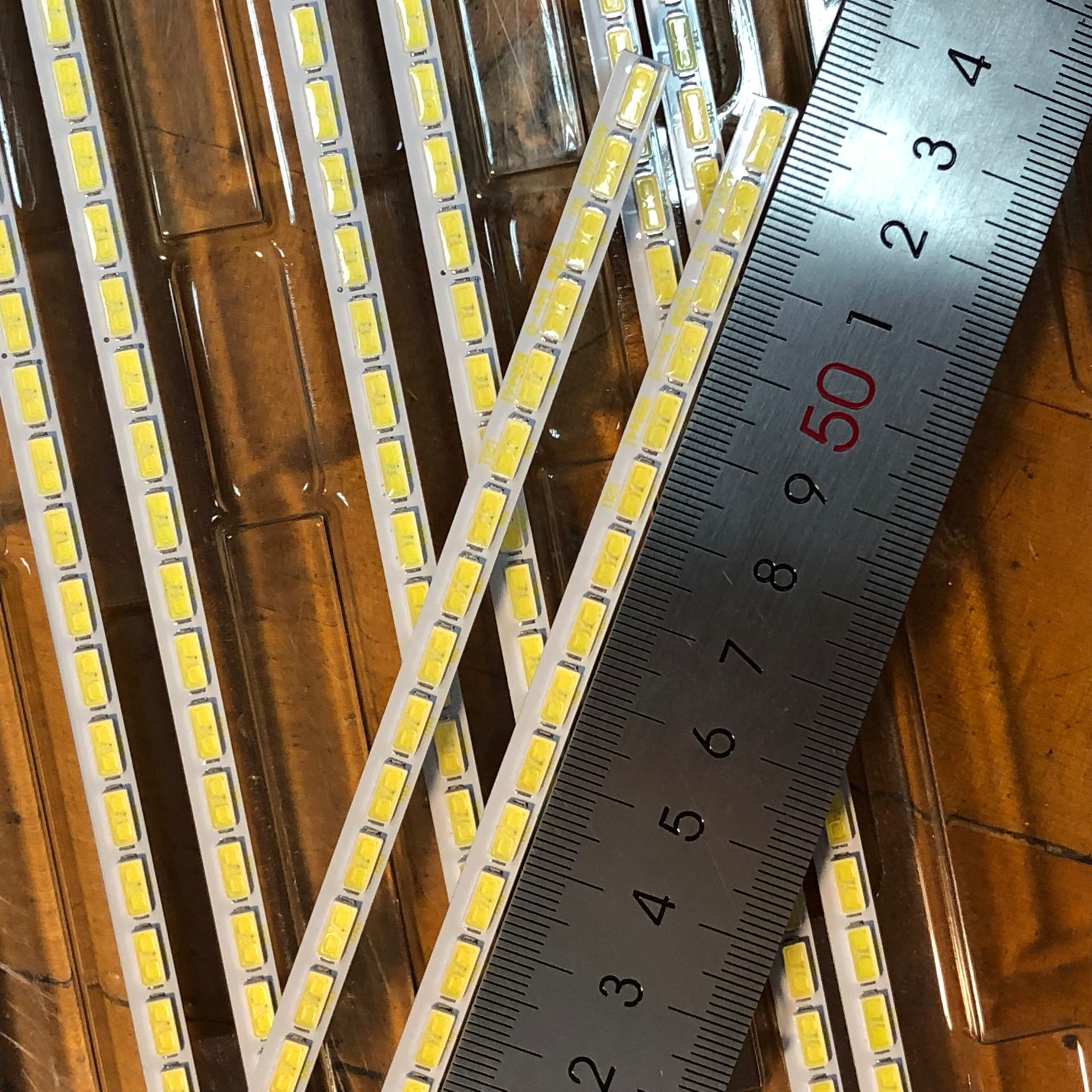 "Image 4 - 2 pcs/Lot 100% New 64LED 530mm 42""LED backlight strip for LG Innotek 42Inch 7030PKG 64ea Rev0.2 74.42T23.001-in LED Bar Lights from Lights & Lighting"