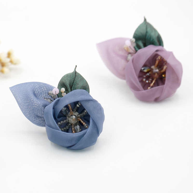 Baru Korea Bermutu Tinggi Kain Benang Bunga Bros Manis Berlian Imitasi Bros Kerah Pin Lencana untuk Wanita Perhiasan Aksesoris Mewah