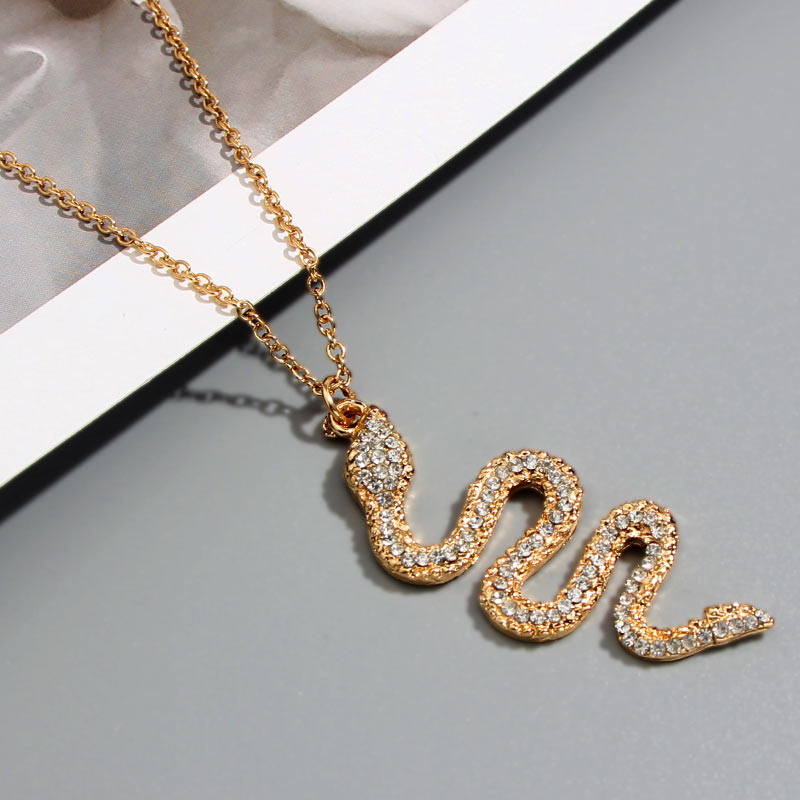 Flatfoosie New Fashion Snake Crystal Pendant Necklace For Women Gold Color Clavicle Chain Creative Design Jewelry Party Gift