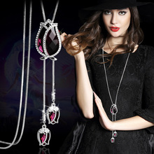 Fashion tulips crystal sweater chain necklace 82cm length for women simple and fashion  clothing accessories.