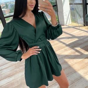 Kobiety Sexy głębokie dekolt w szpic Mini sukienka latarnia rękaw jednolite szarfy Satin Party linia sukienka 2020 jesień nowe biuro pani sukienka Vintage