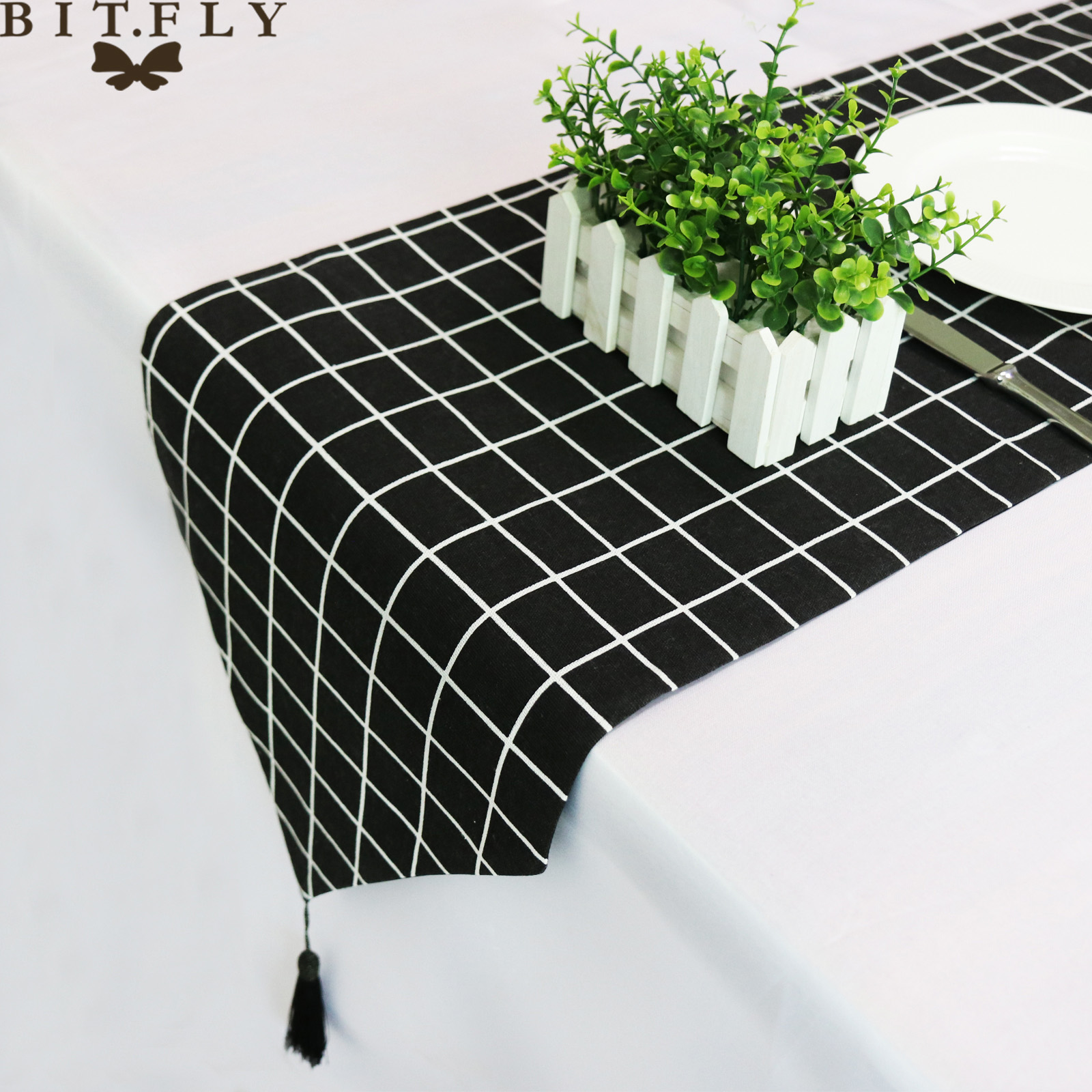 Modern Nordic Style Geometric Pattern Linen Table Runner Luxury Tablecloth Table Decoration For Home Party Wedding Christmas