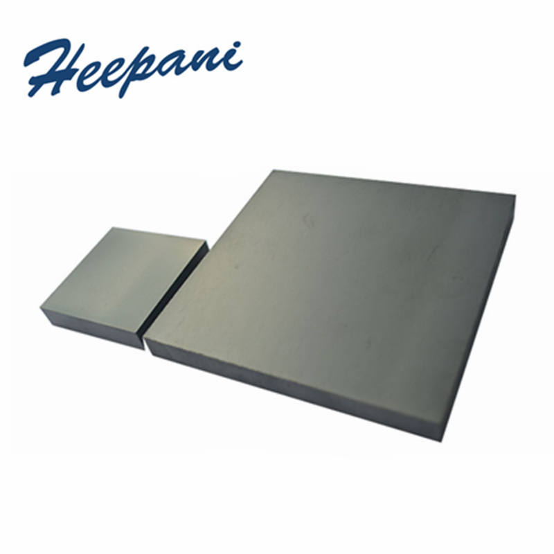 Silicon Carbide Ceramic Plate High Temperature & Corrosion Resistance 100x100x10mm SiC Pressless Sintering Bulletproof Sheet