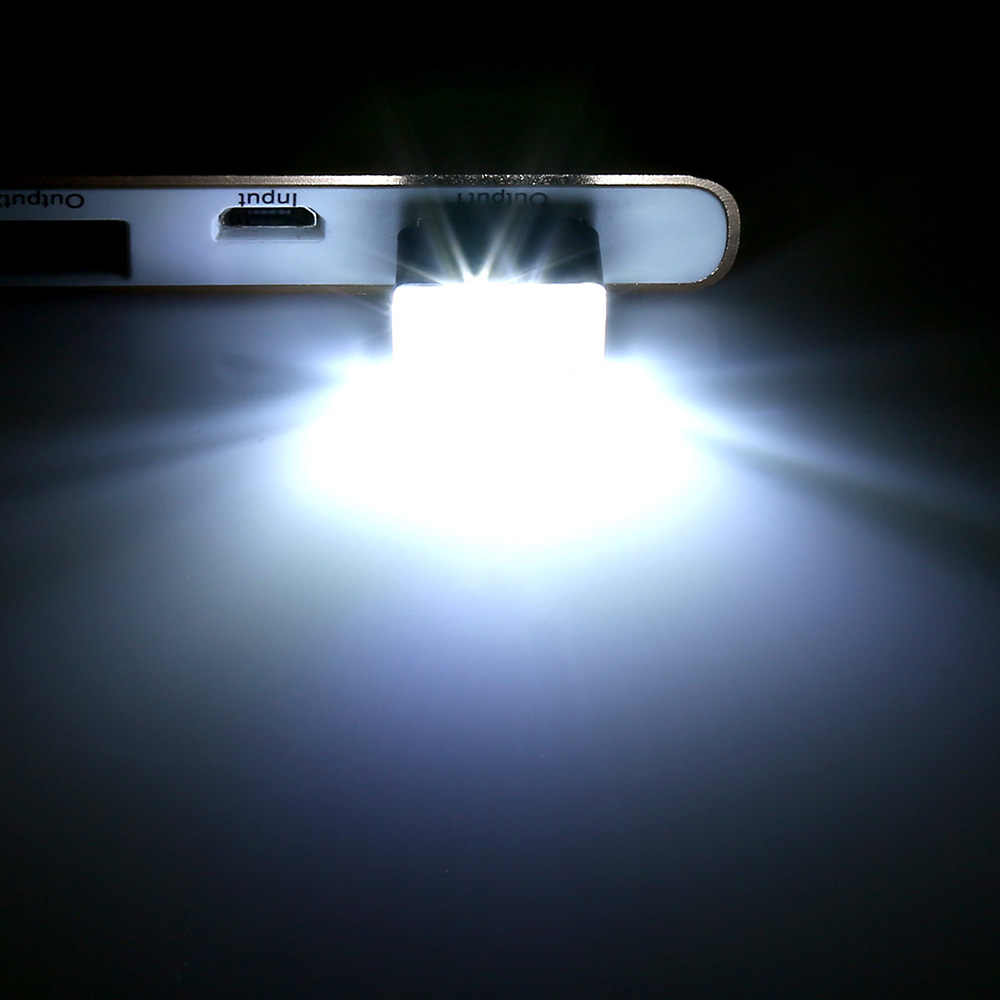1 Pc Universale Dell'automobile Della Luce Led per Interni Piede Lampada Ha Condotto Il Trasporto Modificato Luce Usb Del Computer Accessori Auto per Lada Bmw vw Passat B7.5