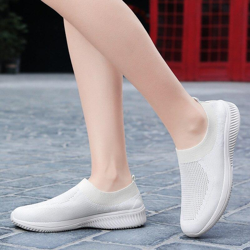 Women Casual Shoes Fashion Breathable Walking Flat Shoes Sneakers Casual Women 2020 Vulcanized Shoes Female Footwear