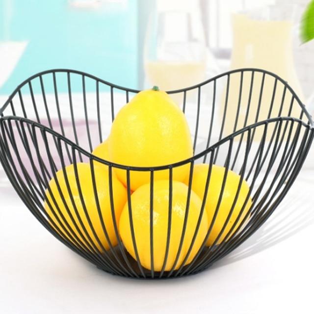2019 New Nordic Storage Baskets White Black Metal Art Snacks Candy Fruit Basket For Living Room Desktop Kitchen Organizer Basket 2