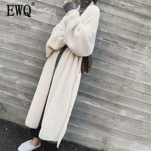 Image 1 - EWQ ocio linterna manga bufanda Collar abierto Stitch negro mujeres largo holgado de talla grande abrigos de lana 2020 otoño invierno nuevo TD385