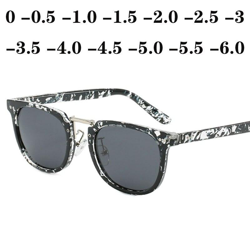 US $6.58 |Мужские поляризованные солнцезащитные очки, женские квадратные очки для близорукости с заклепками, диоптрические очки с серыми линзами, Короткие солнцезащитные очки 0,5 1,0 1,5  6,0|Женские солнцезащитные очки| |  - AliExpress