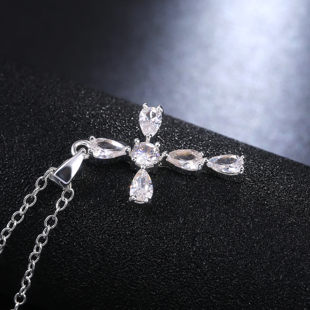 Huitan New Trendy Delicate Cross Women Necklace Silver Color Inlaid Crystal Zircon Stone Dazzling Anniversary Party Gift Fine
