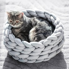 Round Cat Bed House Soft knitted Pet Dog For Small Dogs Cats Nest Winter Warm Sleeping Puppy Mat