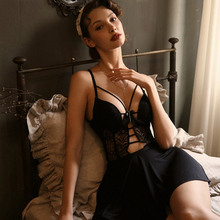 Woman's Black Sexy Strap Nightdress Low-cut Cotton Pad Underwire Gathering Lace Perspective Backless Sexy Court Style Nightdress low cut lace halter backless teddy