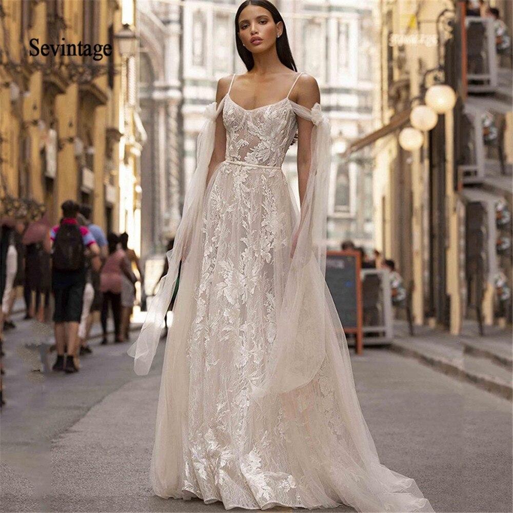 Sevintage Beach Wedding Dresses 2020 Spaghetti Straps Lace Appliques Boho Wedding Gowns Backless Vestidos De Noiva