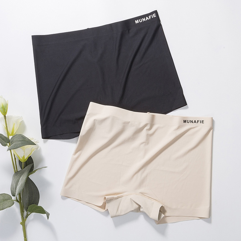 Seamless Middle Waist Underwear Boxer Safety Panties Ice Silk Breathable Cotton File No Trace Panties Women Thin Safety Panties