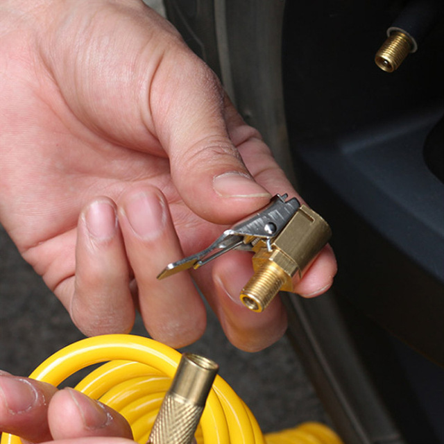 1PC Car Auto Latão 8mm Chuck Inflator Bomba de Ar Do Pneu do Pneu Da Roda Da Válvula Clipe Grampo Conector Do Adaptador Do Carro acessórios para Compressor