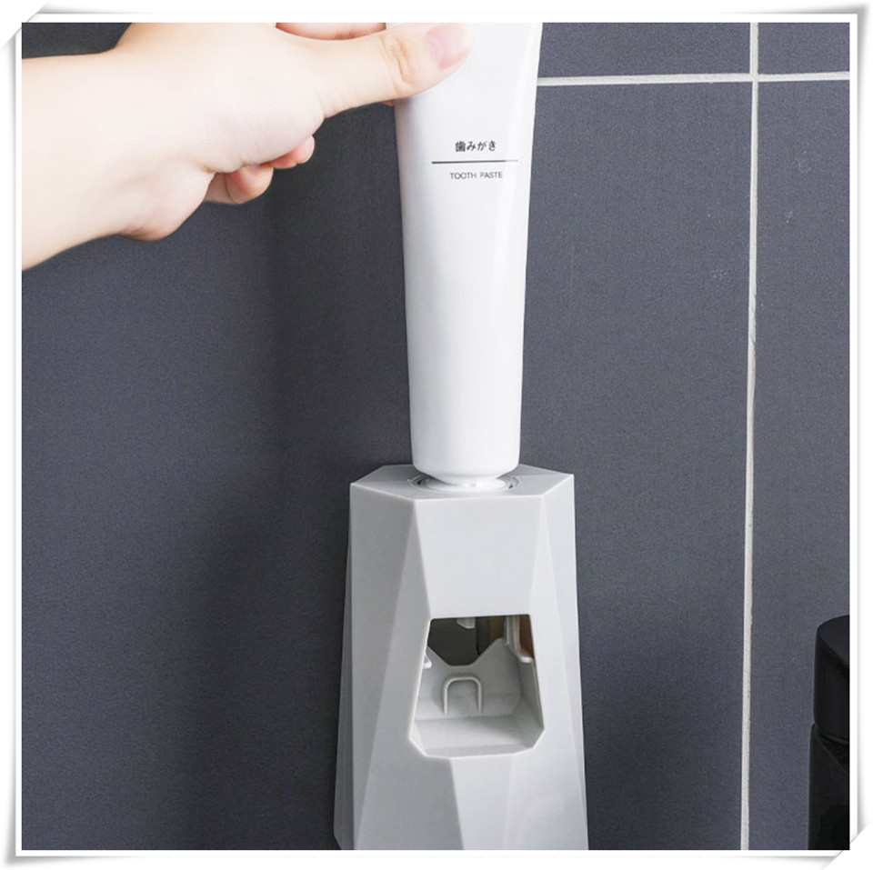 Toothpaste Holder  XQ10