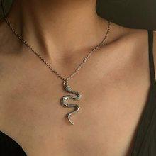 21fm feminino cobra pingente colar boemia retro prata cor pingente camisola corrente jóias presente do feriado casamento menina amante