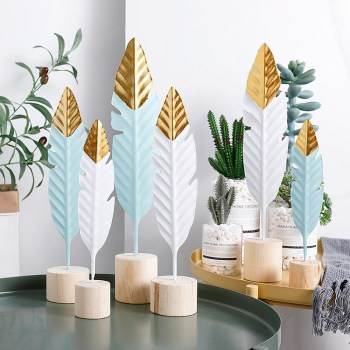 Nordic Feather Wooden Decorations Creative Office Bookroom Desktop Decor Miniature Figurines Home Decoration Accessories 1