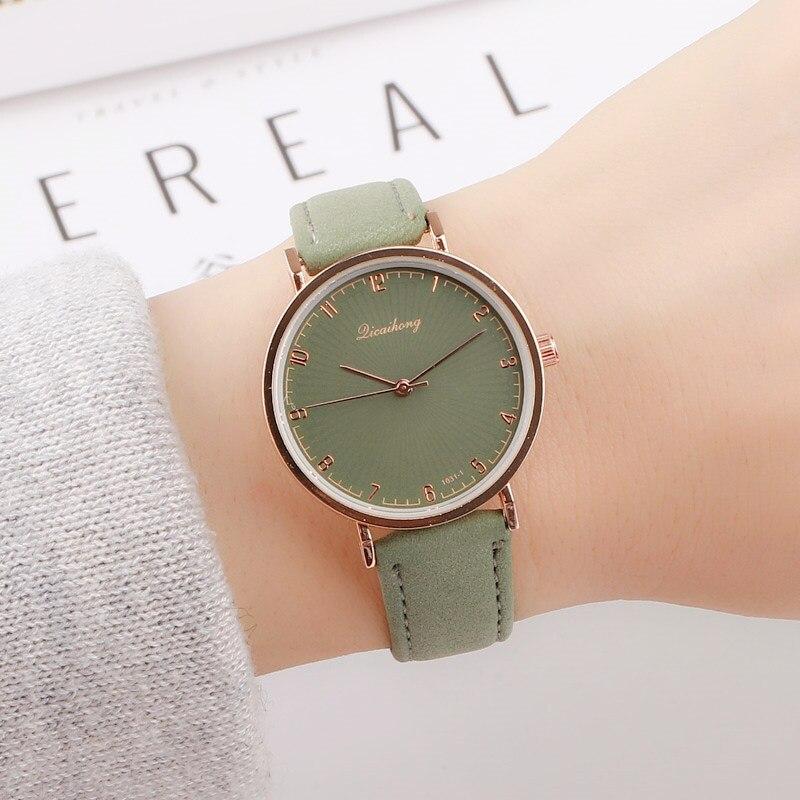 Vintage Women Quartz Watch Fashion Green Elegant Dial Casual Ladies Watch Female Leather Strap Ladies Dress Reloj Mujer