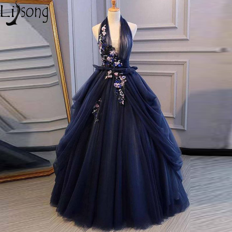Navy Blue Halter V-neckline Long Sweet 16 Dresses Backless Lace Appliques Formal Prom Dress Lush Tulle Evening Homecoming Gowns