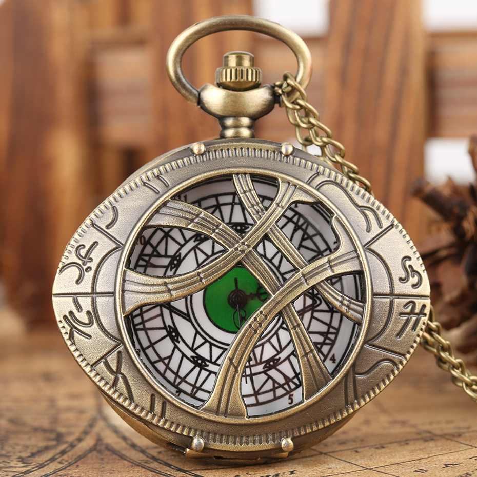 Hero Dr. Strange Metal Eye Agamotto Quartz Pocket Watch Bronze Doctor Who Necklace Sweater Chain Antique Clock Gift To Men Women