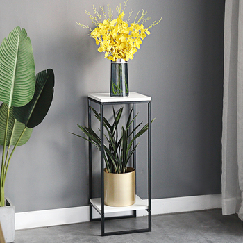 Art Golden Light เรียบง่ายทันสมัยห้องนั่งเล่นในร่มกระถางดอกไม้สีเขียว Luo TO GROUND Storage ชั้นวางดอกไม้