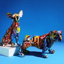 Estatura de perro de cor creativo, escultura de resina, decoração para hogar, oficina, barra, tienda, adorno estatueta artesanal
