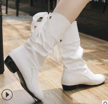 Thời Trang Dập Nổi Phân Da Nữ Cổ Chân Giày Mũi Nhọn Tây Da Bò Nữ Giữa Bê Chunky Nêm Giày Đường Băng