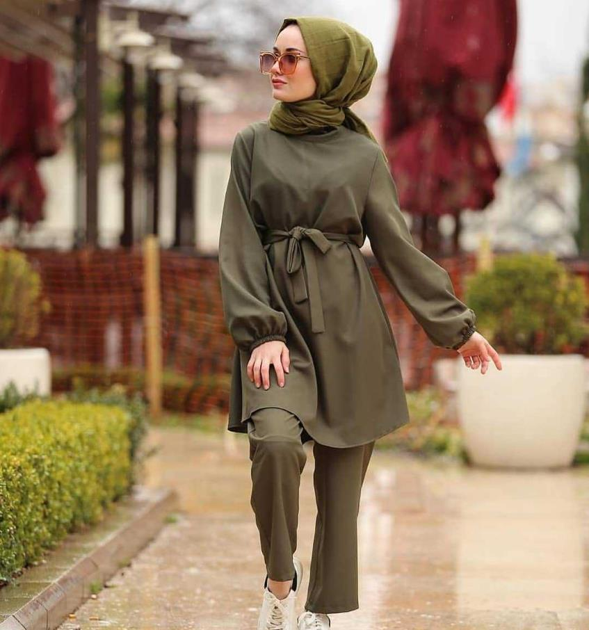 2 Pieces Dubai Muslim lace-up tops and pants suits female kaftan Oman Turkish Hijab Muslim islamic dress ramadan ropa F1493 Women Women's Abaya Women's Clothings cb5feb1b7314637725a2e7: the pink scarf|Army green|Khaki|Red