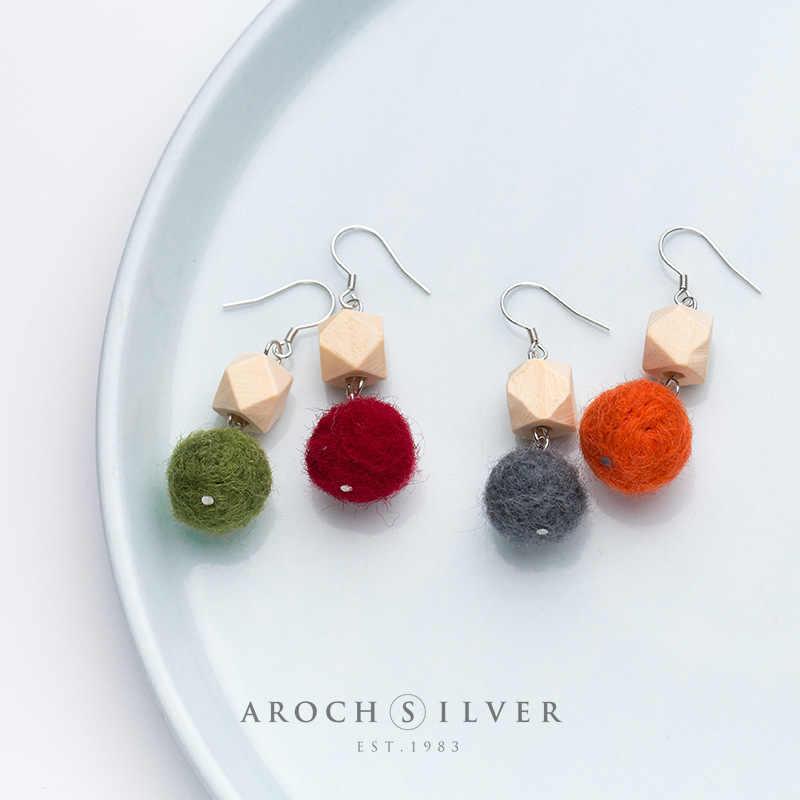 925 srebro kolczyki kobiece koreańska, modna drewniana blokada futro kolor kolczyki w kształcie kuli śliczne jesień zima ucha biżuteria kobieta 1 para