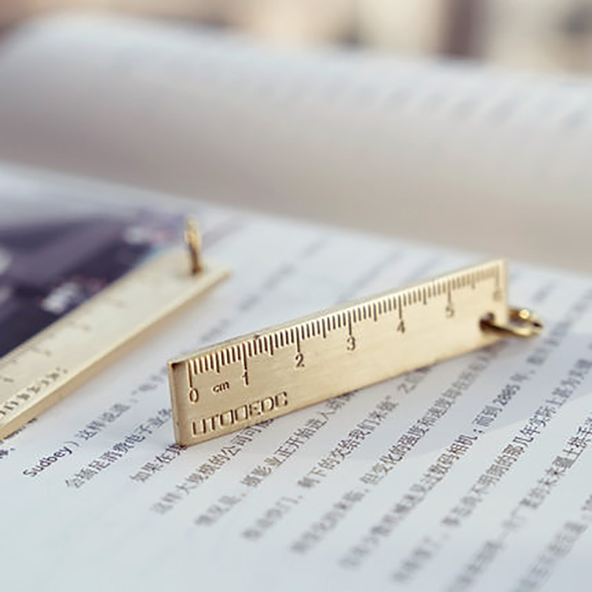 1PC Mini 6CM Ruler Brass Straight Ruler Retro Math Measuring Drawing Tool Keychain Hanging Ruler Office School Supplies
