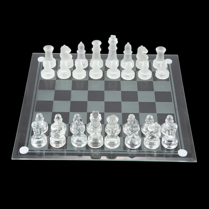 8 Polegada jogo de xadrez internacional, jogo
